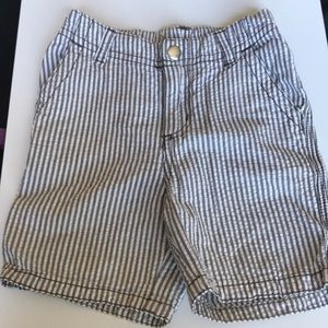 Gymboree gray and white striped shorts